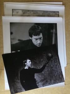 Готовим фотографии для оформления к фотовыставки, которая открывается 25 июля с.г.
